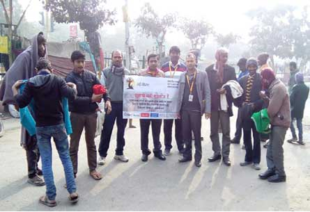 Cloth Distribution in slum area near Sector 57 and Sector 58 held on 31-Dec-2016