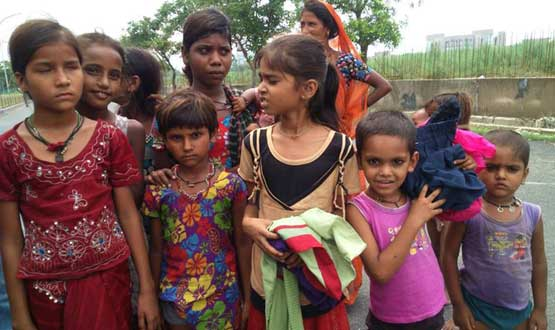 cloth distribution to girls by team Nayi Kiran